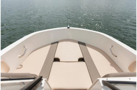 2020 Bayliner boat for sale, model of the boat is VR4 BOWRIDER & Image # 22 of 33