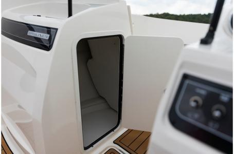 2020 Bayliner boat for sale, model of the boat is VR4 BOWRIDER & Image # 29 of 33