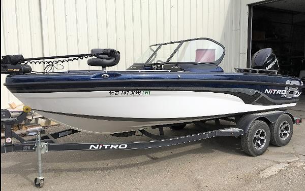 2017 NITRO ZV 18 for sale