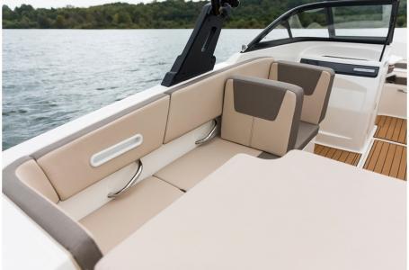 2020 Bayliner boat for sale, model of the boat is VR4 BOWRIDER & Image # 10 of 33