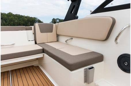 2020 Bayliner boat for sale, model of the boat is VR4 BOWRIDER & Image # 30 of 33