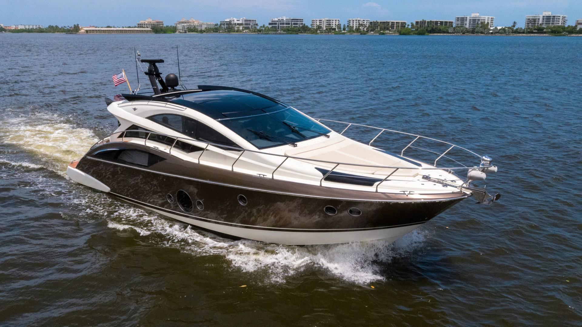 50 ft Marquis 500 Sport Coupe