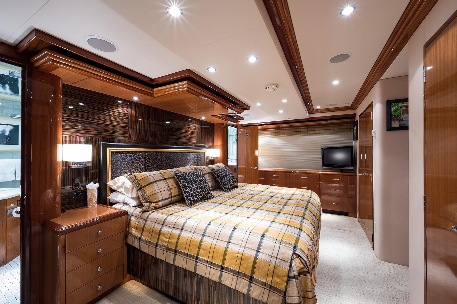 72 ft Hatteras 72 Motor Yacht Master Stateroom to Port