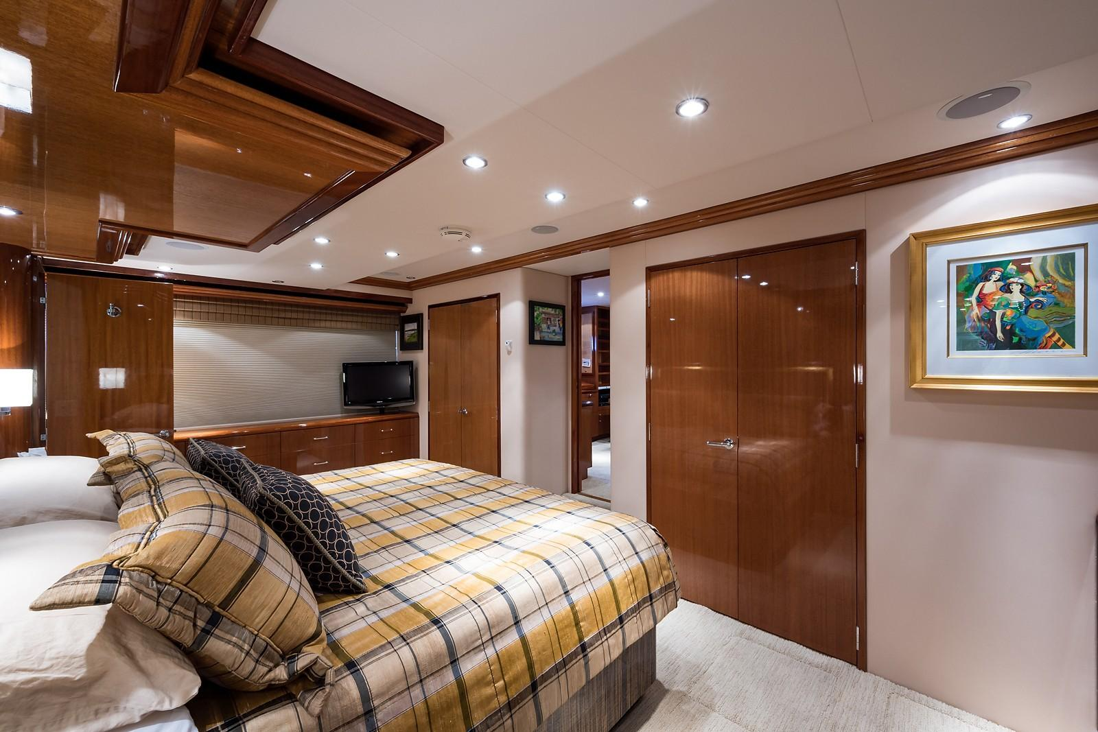 72 ft Hatteras 72 Motor Yacht Master Stateroom Forward to Port