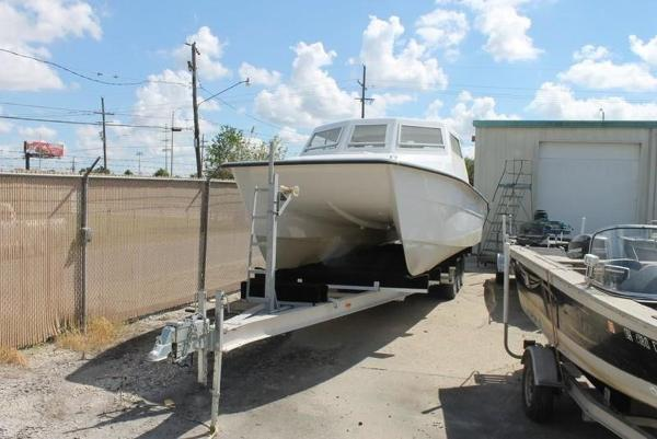 2005 Twin Vee boat for sale, model of the boat is 32 & Image # 1 of 84