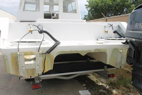 2005 Twin Vee boat for sale, model of the boat is 32 & Image # 21 of 84