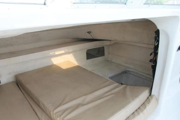 2005 Twin Vee boat for sale, model of the boat is 32 & Image # 48 of 84