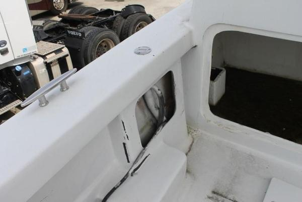 2005 Twin Vee boat for sale, model of the boat is 32 & Image # 65 of 84