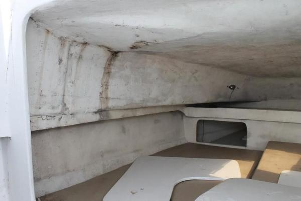 2005 Twin Vee boat for sale, model of the boat is 32 & Image # 69 of 84