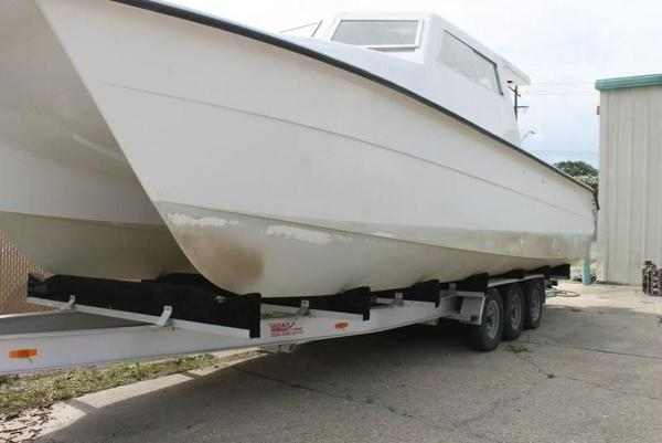 2005 Twin Vee boat for sale, model of the boat is 32 & Image # 72 of 84