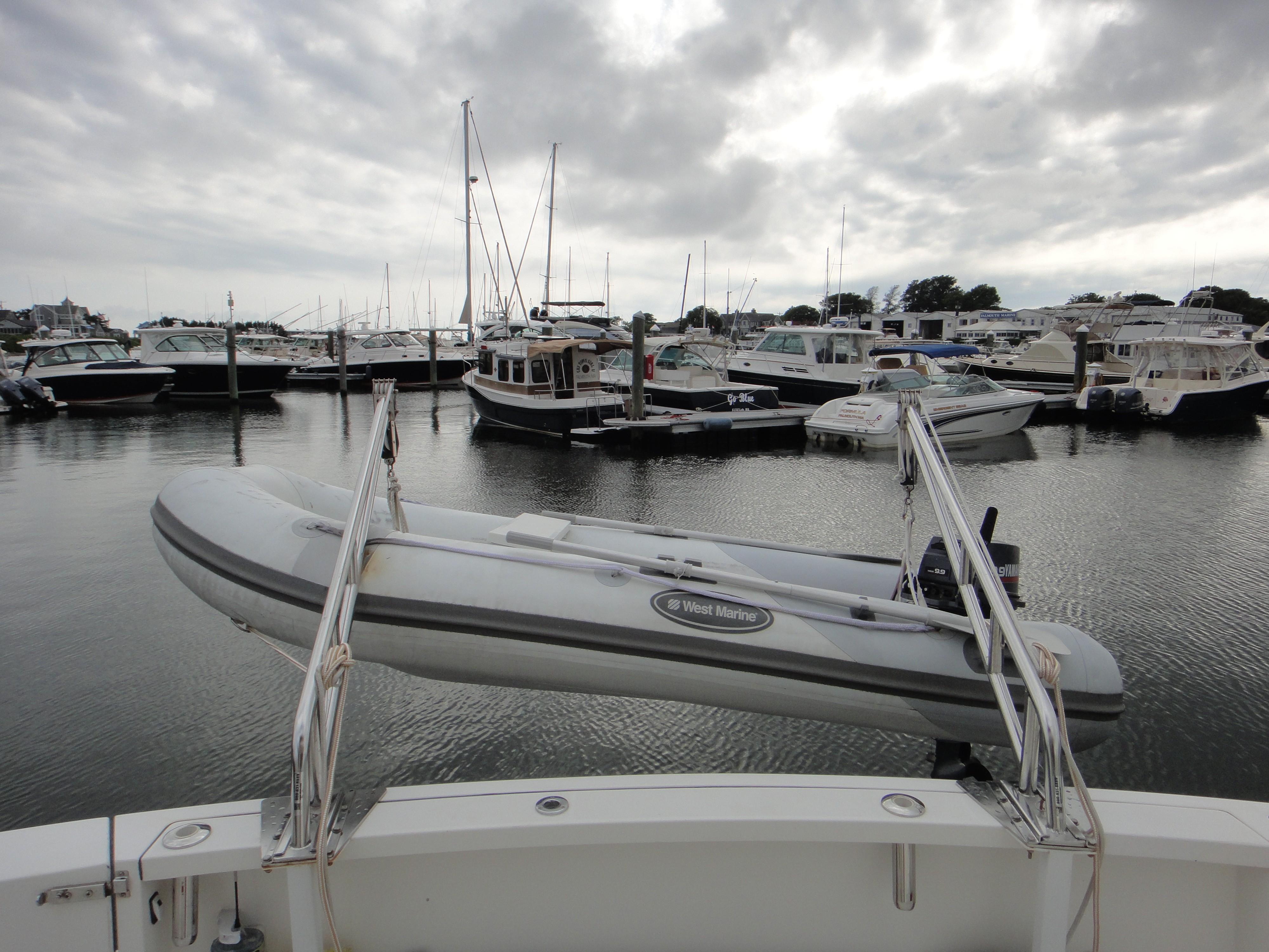 42 ft Sabre 42 FB Davits and Dinghy
