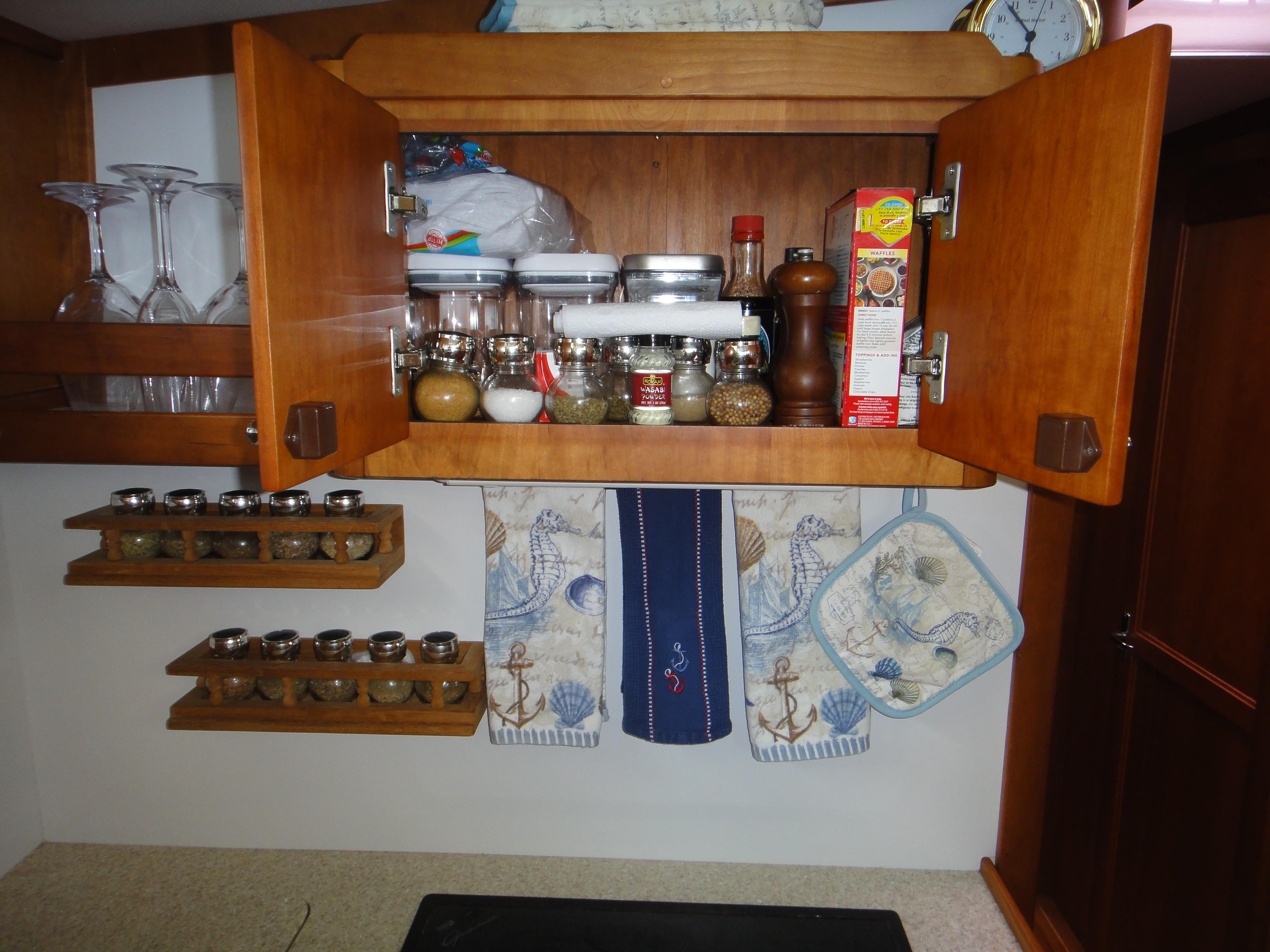 42 ft Sabre 42 FB Galley Cabinet