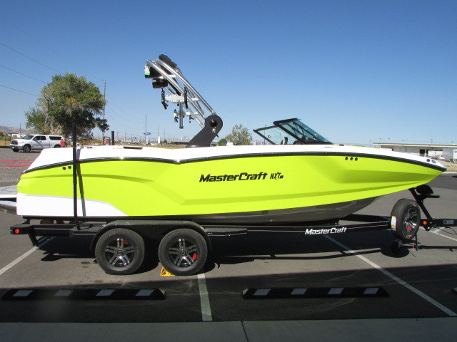 2020 Mastercraft boat for sale, model of the boat is 22 NXT & Image # 4 of 10
