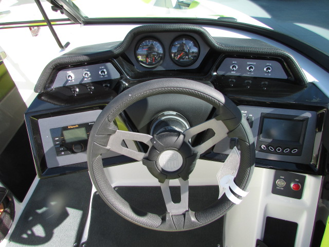 2020 Mastercraft boat for sale, model of the boat is 22 NXT & Image # 5 of 10