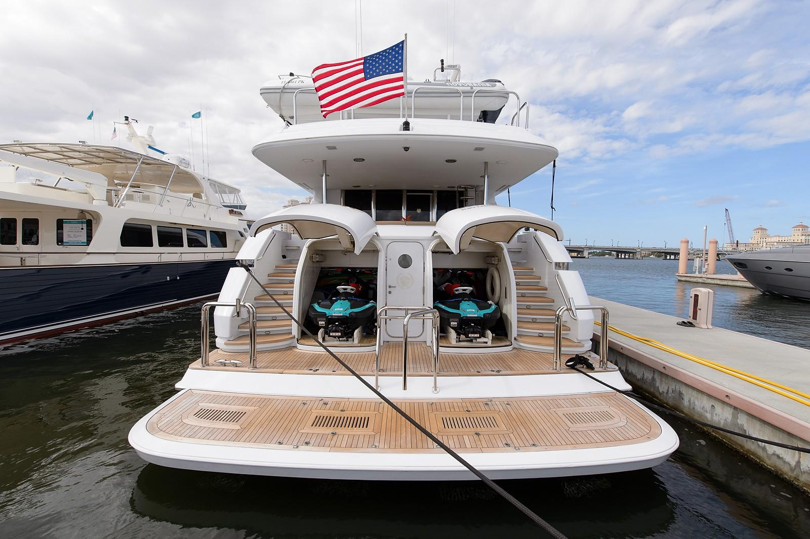 2000 Lazzara Skylouge Yacht For Sale In Fort Lauderale Fl Magic Days