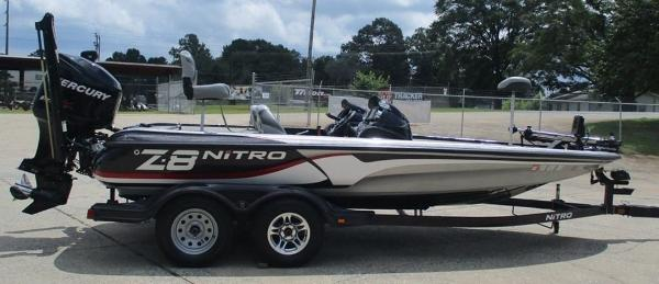2011 Nitro boat for sale, model of the boat is Z8 & Image # 2 of 7
