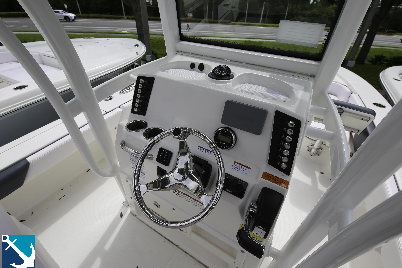 Robalo 246 Cayman 2020 7