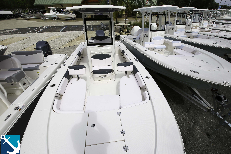Robalo 246 Cayman 2020 12