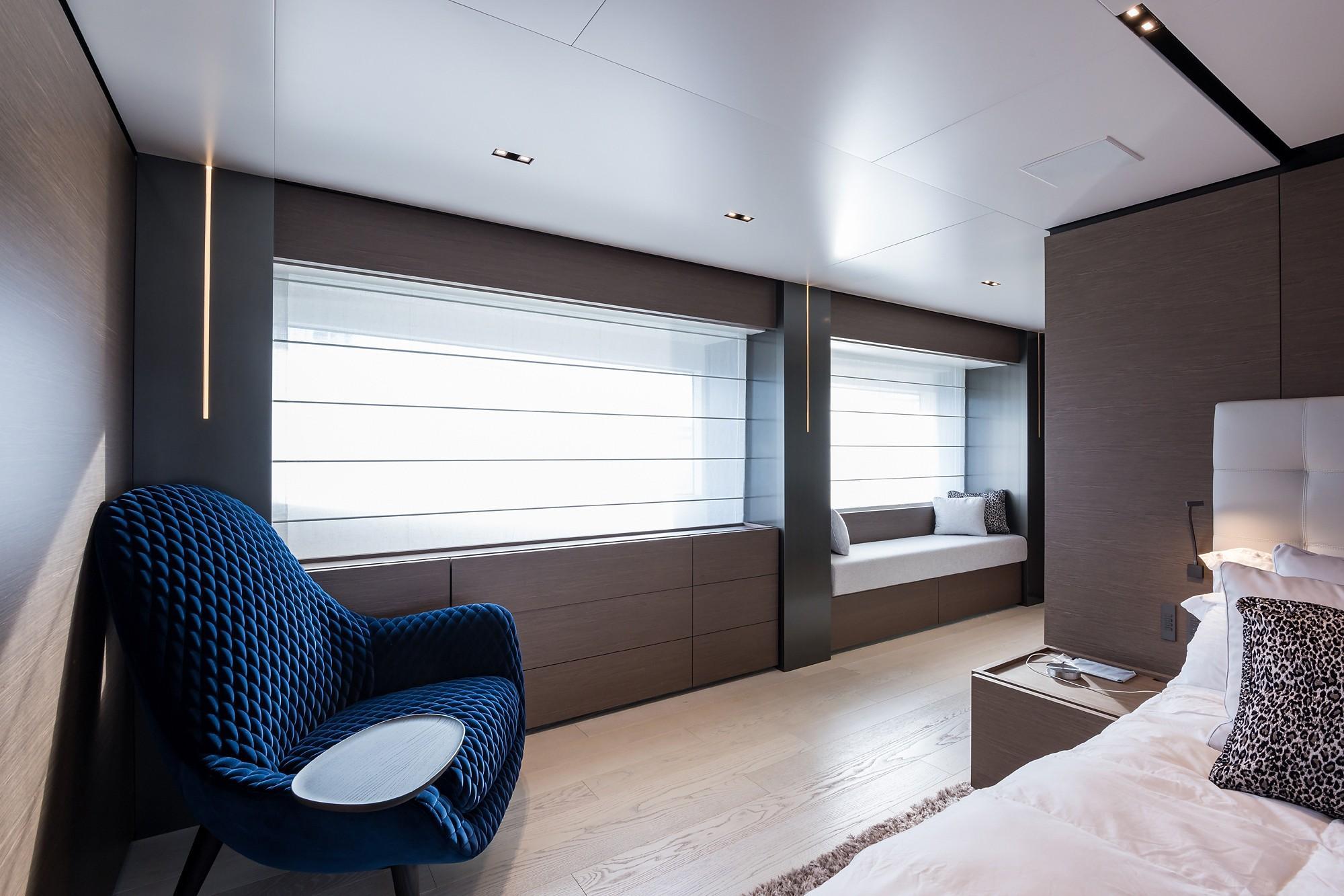 2018 Custom Line Navetta 33 M - Master Cabin Sitting