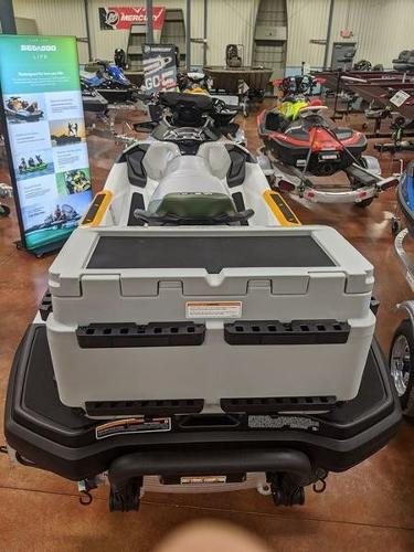 2020 Sea Doo PWC boat for sale, model of the boat is Fish Pro™ IBR & Image # 4 of 5