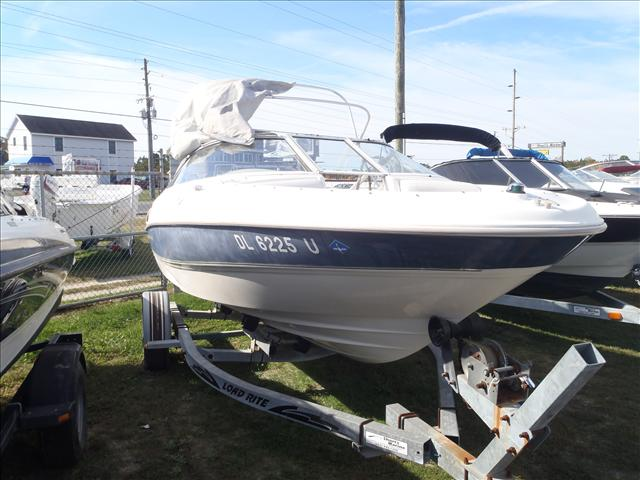 1999 Bayliner boat for sale, model of the boat is 1800LS & Image # 1 of 12