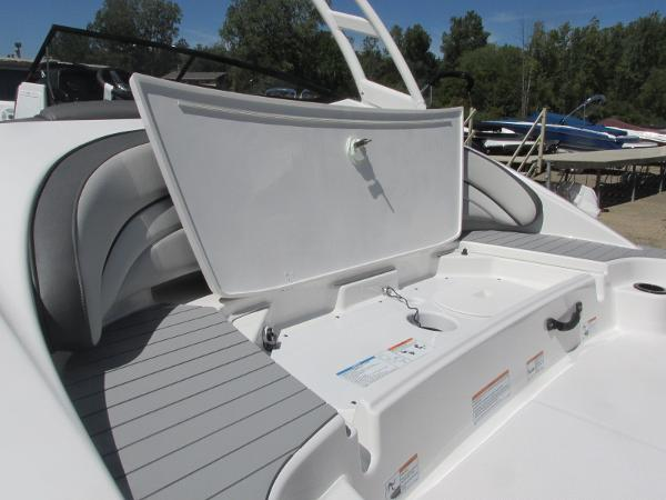 2020 Yamaha boat for sale, model of the boat is AR190 & Image # 6 of 31