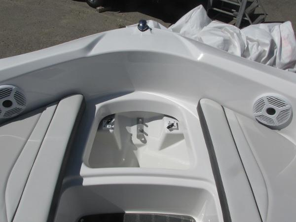 2020 Yamaha boat for sale, model of the boat is AR190 & Image # 8 of 31