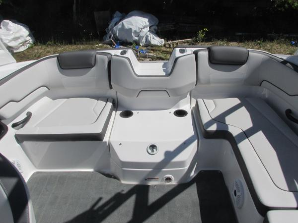2020 Yamaha boat for sale, model of the boat is AR190 & Image # 12 of 31