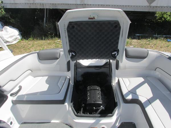 2020 Yamaha boat for sale, model of the boat is AR190 & Image # 13 of 31