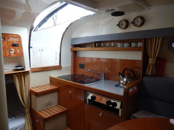 2006 Sealine S25