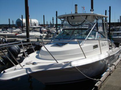 2005 Robalo R-235 For Sale