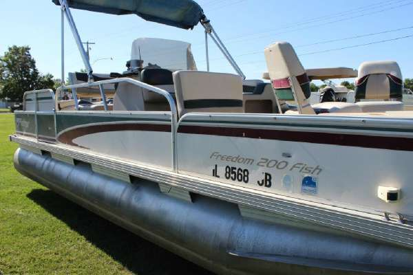 Used 1997 Fisher 200 Fish For Sale