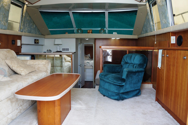 Huge Salon