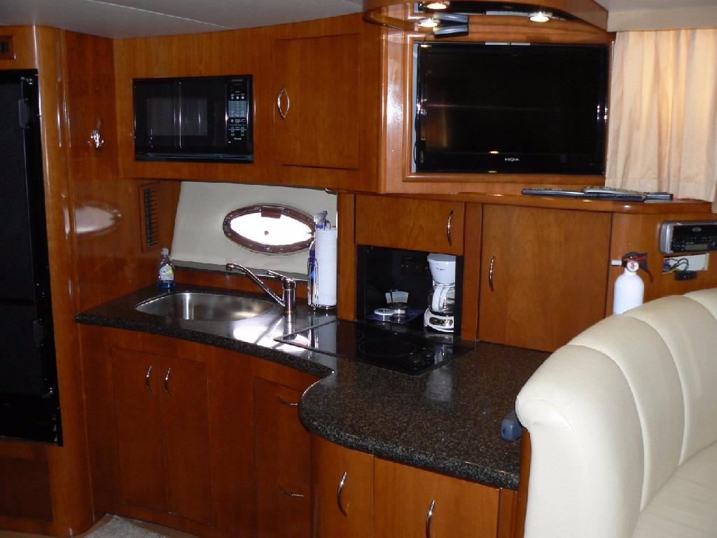Carver 360 Mariner - Galley 2