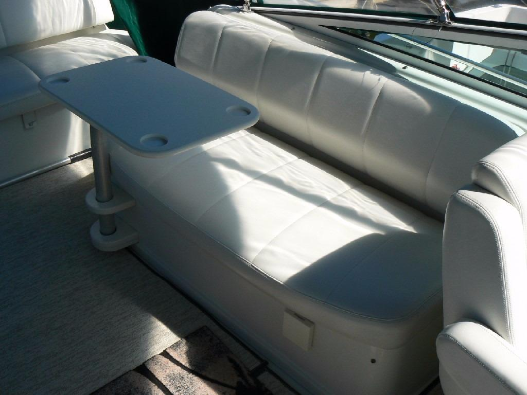 Carver 360 Mariner - Portside Seating