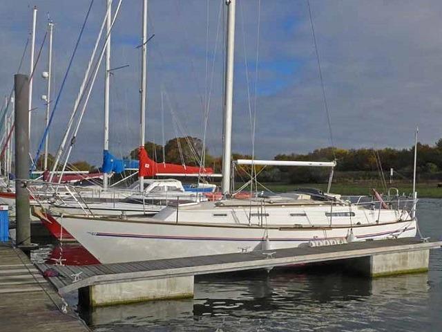 Sadler 34 - shallow fin