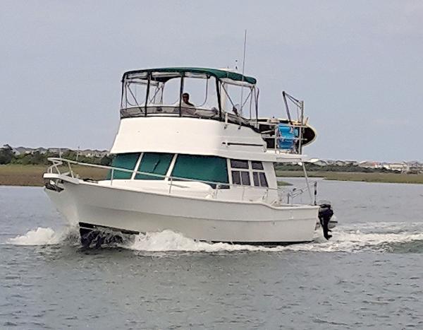 39' Mainship 1997 350/390