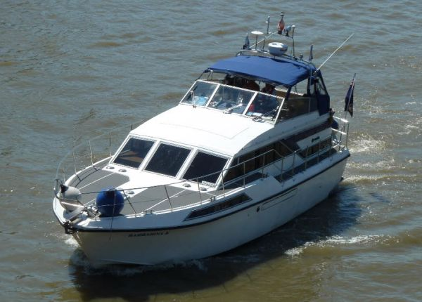 Broom Monarch 12m