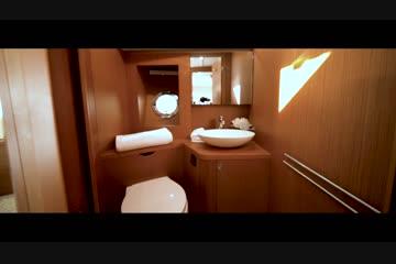 Beneteau America Swift Trawler 47 video