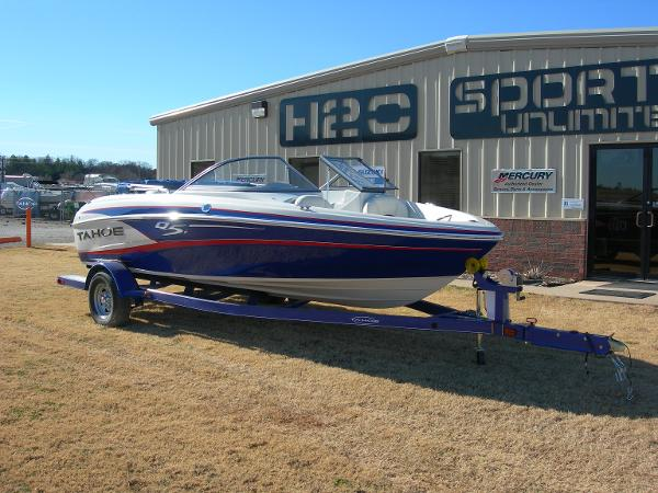 2014 Tahoe boat for sale, model of the boat is Q5i & Image # 2 of 38