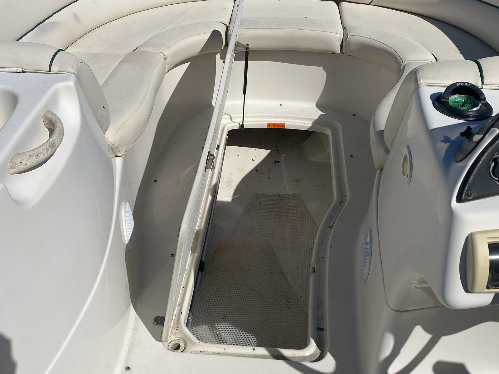 2005 Azure boat for sale, model of the boat is AZ210 & Image # 2 of 13