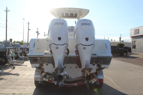 2020 Mako boat for sale, model of the boat is 284 CC & Image # 6 of 50