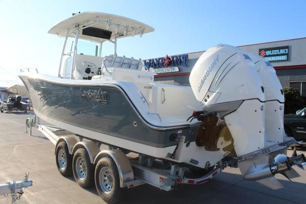 2020 Mako boat for sale, model of the boat is 284 CC & Image # 7 of 50