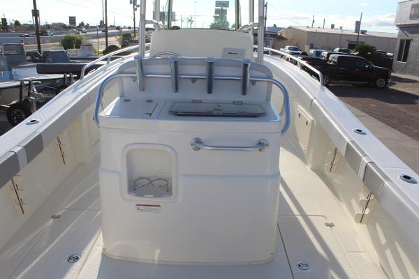 2020 Mako boat for sale, model of the boat is 284 CC & Image # 9 of 50