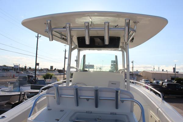 2020 Mako boat for sale, model of the boat is 284 CC & Image # 10 of 50