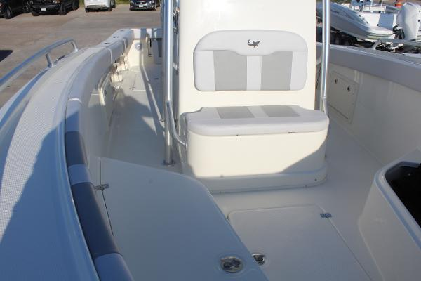 2020 Mako boat for sale, model of the boat is 284 CC & Image # 36 of 50