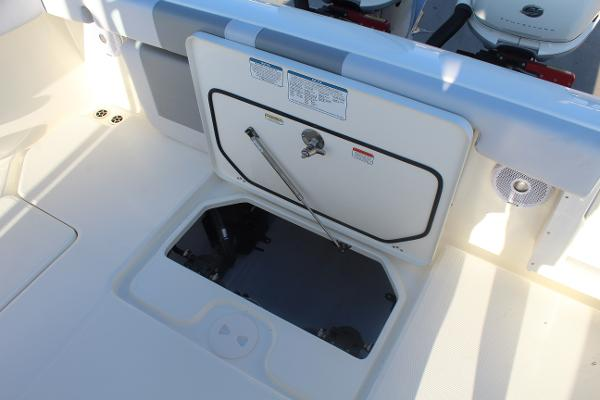 2020 Mako boat for sale, model of the boat is 284 CC & Image # 42 of 50