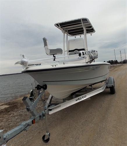 2019 Mako boat for sale, model of the boat is 19 CPX & Image # 6 of 317
