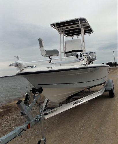 2019 Mako boat for sale, model of the boat is 19 CPX & Image # 16 of 317