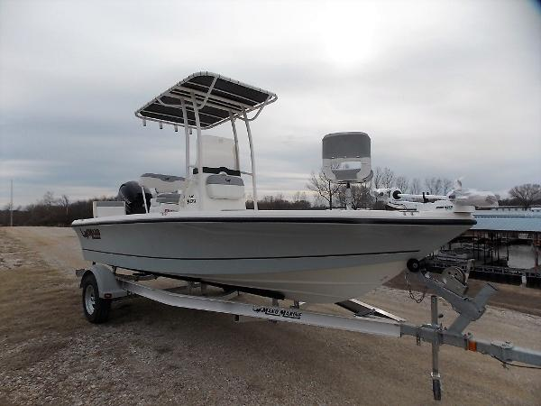 2019 Mako boat for sale, model of the boat is 19 CPX & Image # 1 of 317